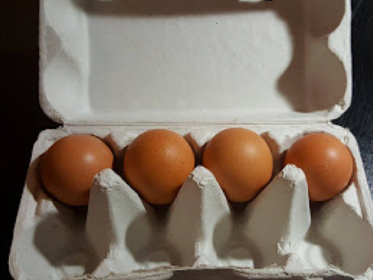 關於雞蛋改用一次性包材的爭議:嚴格落實管理才是重點
